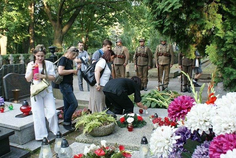 http://www.kolejkamarecka.pun.pl/_fora/kolejkamarecka/gallery/2_1375422389.jpg